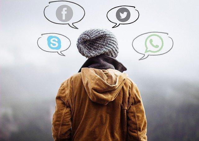 Facebook広告の利用方法