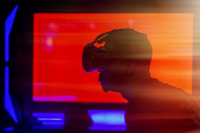 VRとは仮想現実のこと